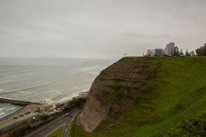 El Park Del Amor and Pacific Ocean
