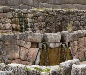 Tambomachay water close-up
